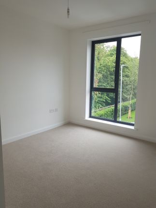 Thumbnail Flat for sale in Railway Close, Coulsdon