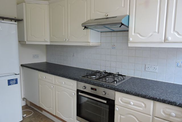 Thumbnail Flat to rent in Holly Park Rd, Friern Barnet