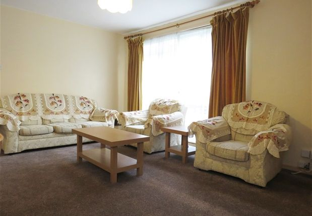 Thumbnail Flat to rent in Maresfield, Chepstow Road, Croydon