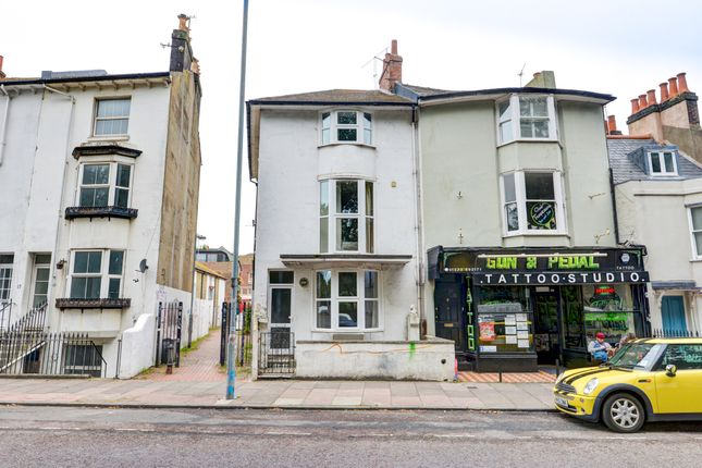 Thumbnail Terraced house to rent in Ditchling Road, Brighton