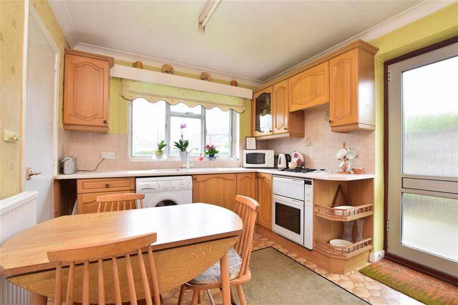 Kitchen / Breakfast Room