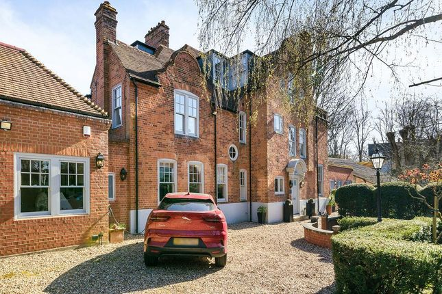 Thumbnail Detached house to rent in Broadlands Road, Highgate