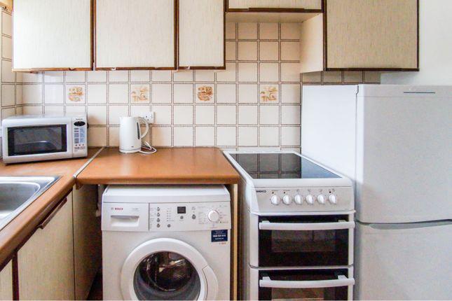 Kitchen of Belltree Gardens, Dundee DD5