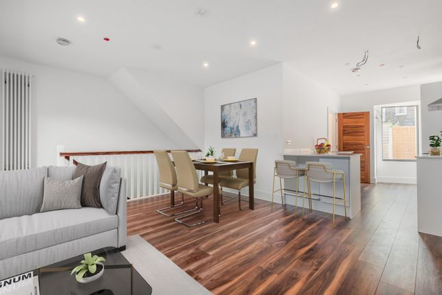 2 bed flat for sale in Wimbledon Court, Wimbledon SW19