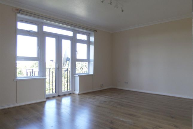 Thumbnail Flat for sale in Clare Road, Stanwell