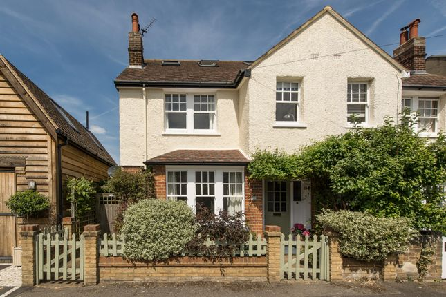 4 bed semi-detached house for sale in Weston Park, Thames Ditton