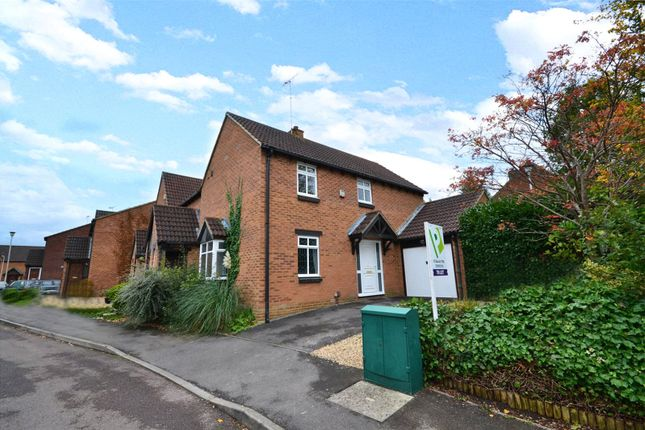 Thumbnail Link-detached house to rent in Coney Grange, Warfield, Bracknell, Berkshire