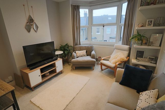 1 bed maisonette for sale in Edward Road, Coulsdon CR5