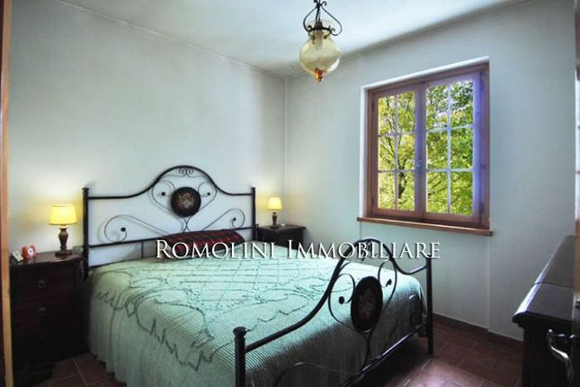Chalet For Sale In Caprese Michelangelo Tuscany
