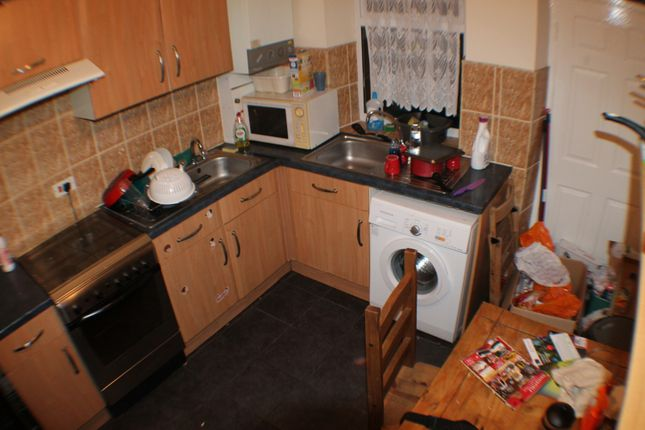 Thumbnail Flat to rent in Moor Oaks Road, Sheffield