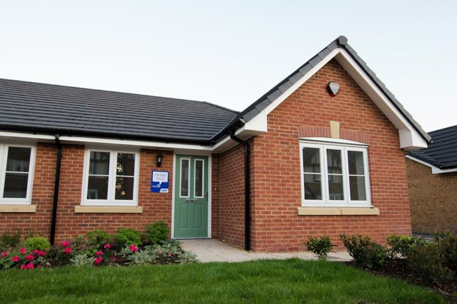Thumbnail Semi-detached bungalow for sale in Hoyles Lane, Cottam, Preston