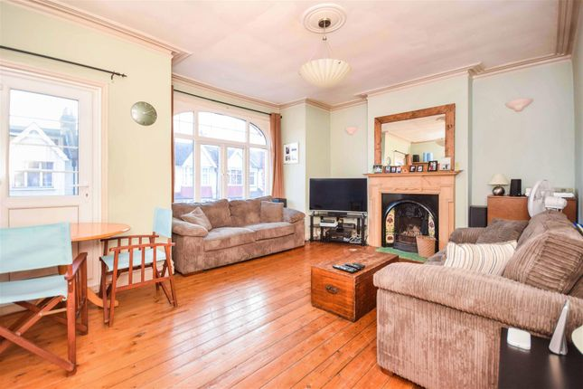 2 bed flat for sale in Clandon Terrace, Kingston Road, London