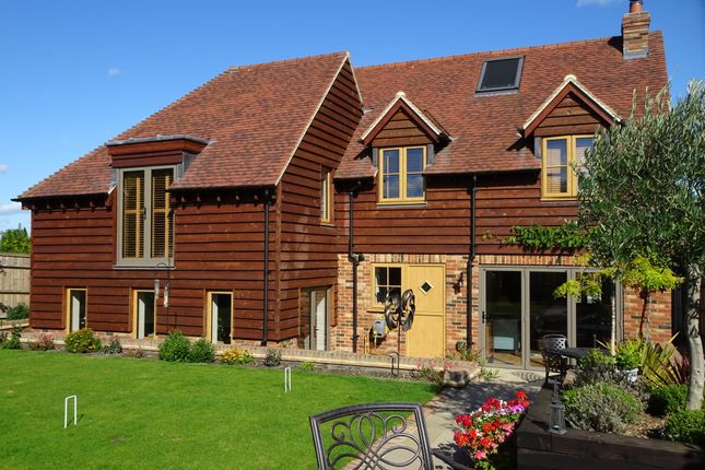 Thumbnail Detached house to rent in Woodnesborough Road, Sandwich