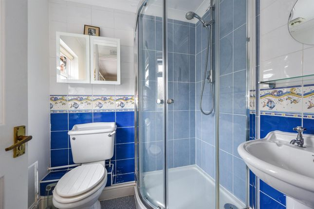 9088N Shower2 of Palmerston Place, Andover SP10