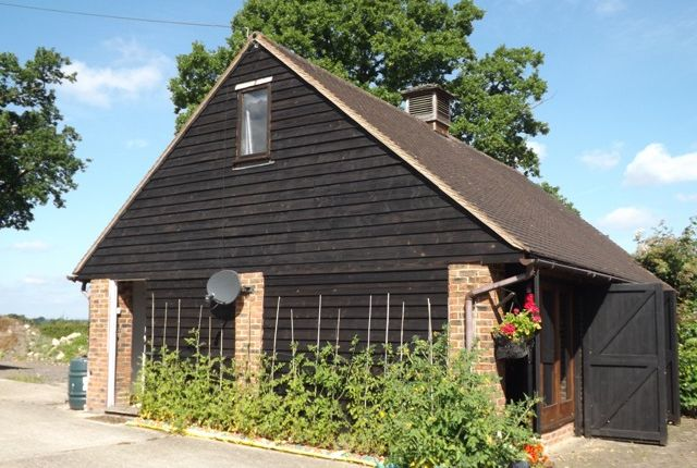 Thumbnail Barn conversion to rent in Roman Road, Marsh Green Edenbridge