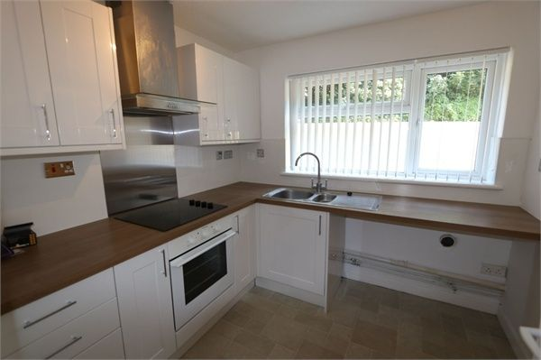 Thumbnail Flat to rent in Black Path, Polegate, East Sussex
