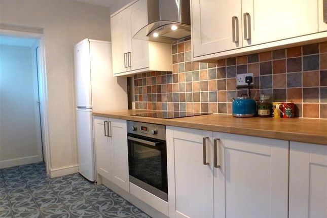 3 bed property to rent in Newtown Road, Eastleigh
