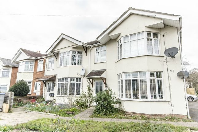 Thumbnail Flat to rent in 140 Winchester Road, Shirley, Southampton, Hampshire
