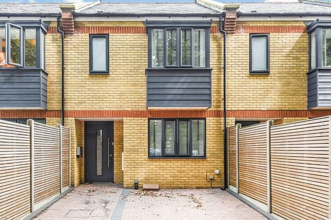 Thumbnail Terraced house to rent in Cherry Blossom Mews, Surrey Crescent, Chiswick, London