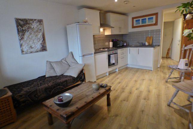 Lounge - Kitchen of Church Hill Road, East Barnet EN4