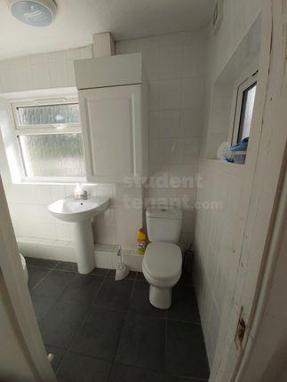 Groundfloor-Bathroom-2