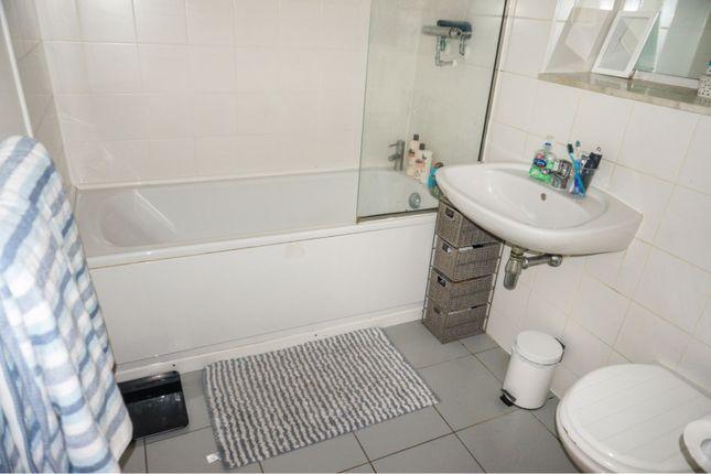 Bathroom of Scotland Road, Basford NG5