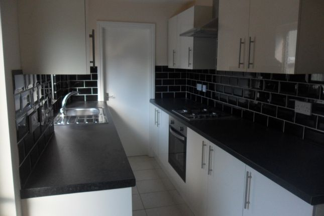 Thumbnail Terraced house to rent in Charterhouse Road, Stoke