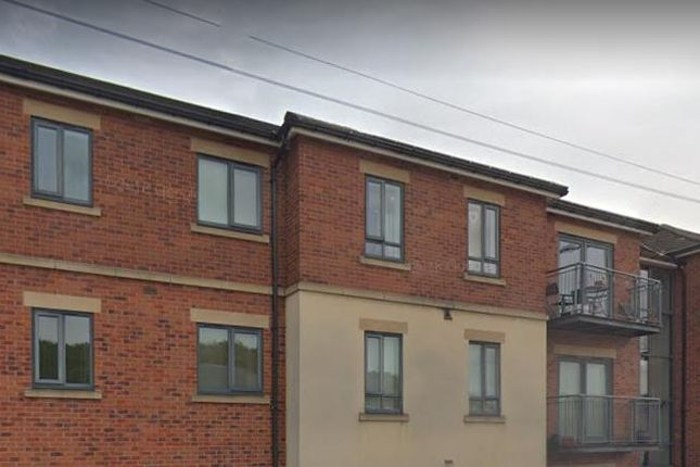 2 bed flat to rent in Gatehouse Court, Barnsley Road, Dodworth, Barnsley S75