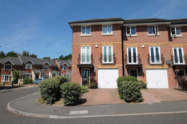 Thumbnail Terraced house to rent in Etchingham Drive, St. Leonards-On-Sea