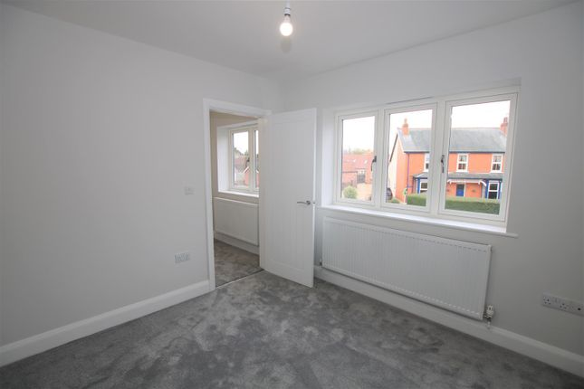 Bedroom Two of High Street, Bassingham, Lincoln LN5