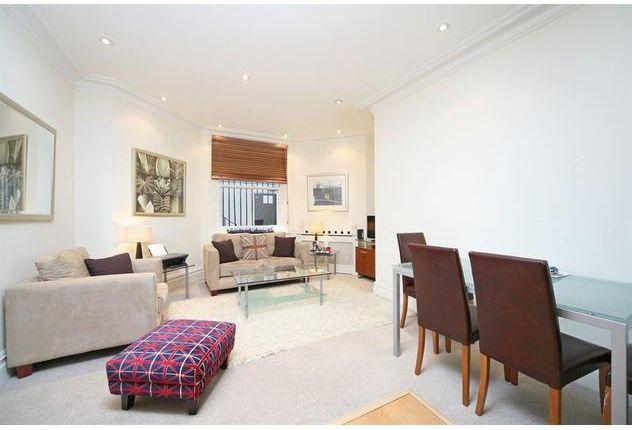 Thumbnail Flat to rent in Ashburn Gardens, South Kensington, London