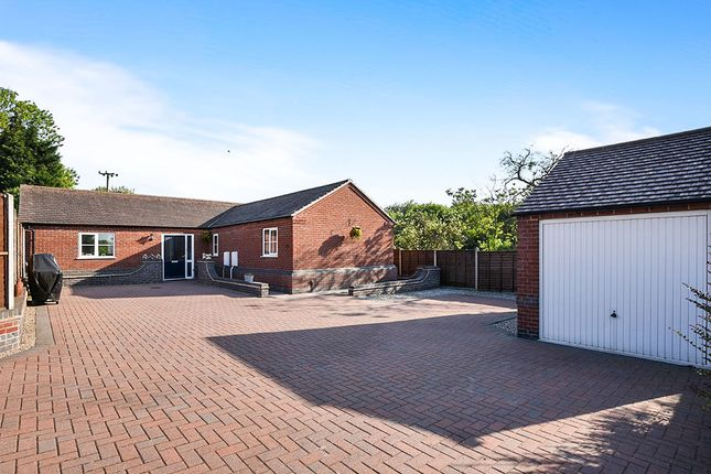 Thumbnail Bungalow for sale in Gresley Wood Road, Church Gresley, Swadlincote