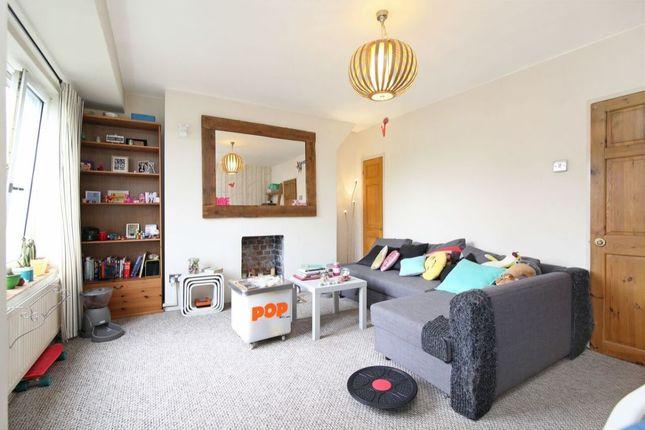 Thumbnail Flat for sale in Elmington Estate, Camberwell, London