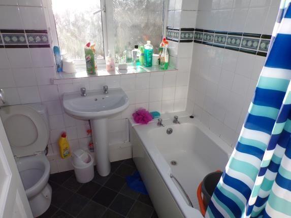 Bathroom of Rivergreen, Clifton, Nottingham, Nottinghamshire NG11