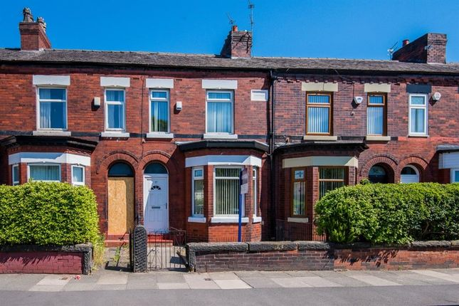 Thumbnail Semi-detached house to rent in Canal Bank, Eccles, Manchester