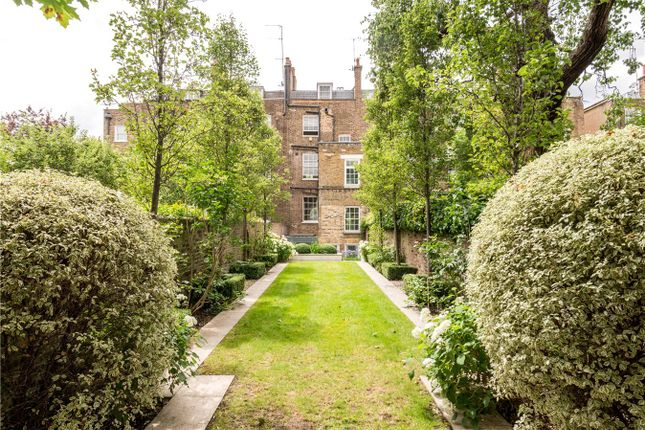 Hamilton terrace london nw8 5 bedroom end terrace house for 21 hamilton terrace