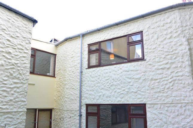 Thumbnail Flat to rent in Mount Folly Square, Bodmin