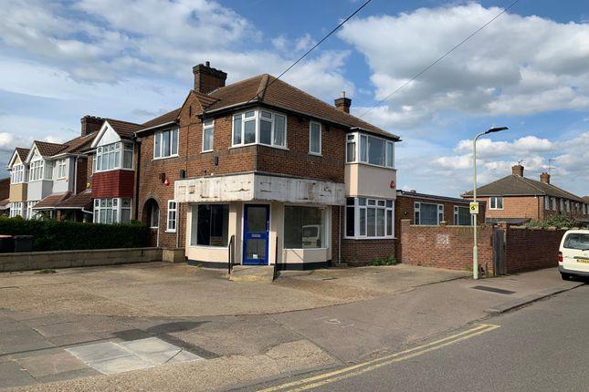 Thumbnail Retail premises for sale in London Road, Bedford, Bedfordshire