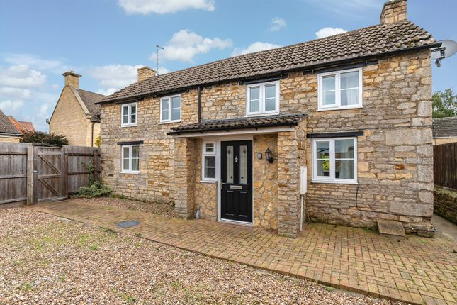 Thumbnail Cottage for sale in Kirby Road, Gretton, Corby
