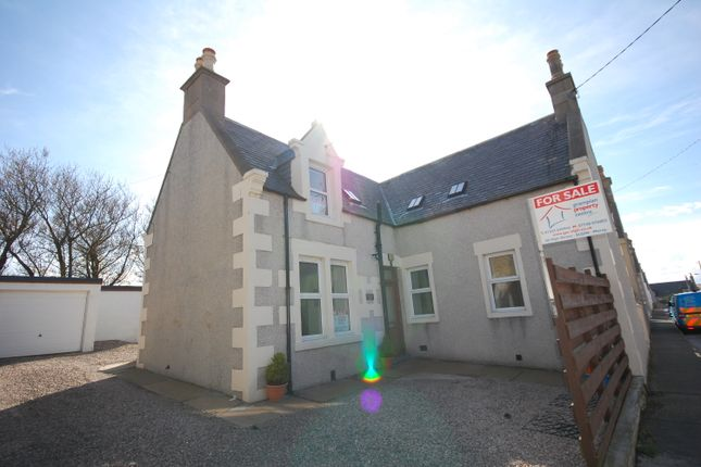Thumbnail Flat for sale in High Street, Portknockie