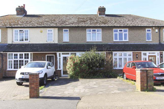 2 bed terraced house for sale in Bradshawe Waye, Uxbridge