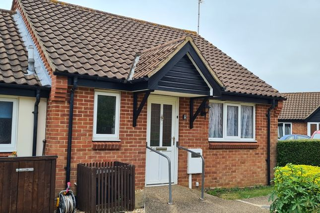 Thumbnail Terraced bungalow for sale in Sheraton Close, Abington, Northampton
