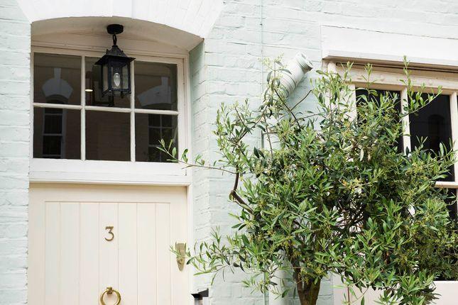Thumbnail Mews house to rent in Horbury Mews, London