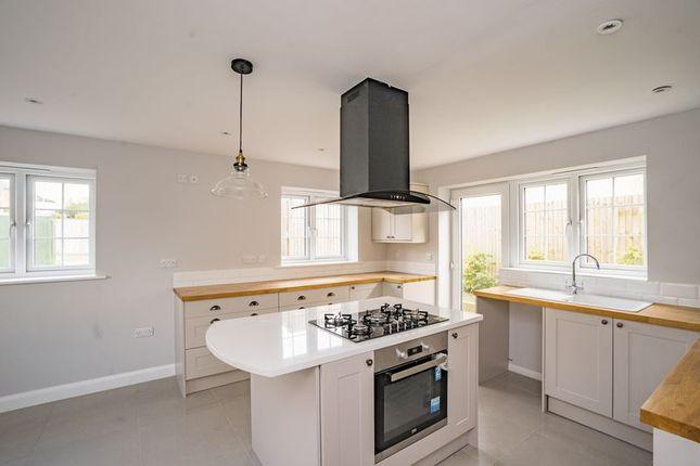 Thumbnail Detached house for sale in Doric Avenue, Southborough, Tunbridge Wells