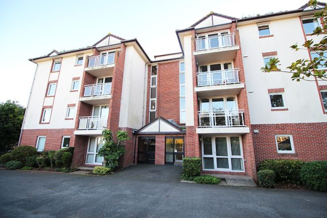Thumbnail Flat for sale in Roundham Road, Paignton