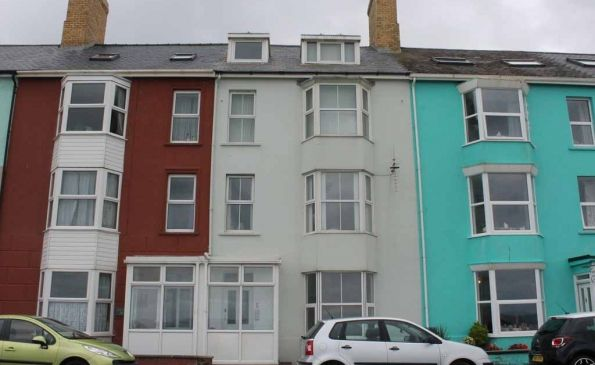 Thumbnail Flat to rent in Flat 1, 5 South Marine Terrace, Aberystwyth