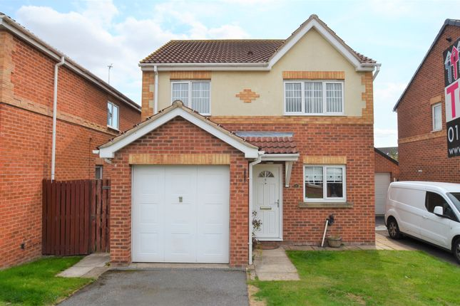 Thumbnail Detached house to rent in Cusworth Grove, Doncaster