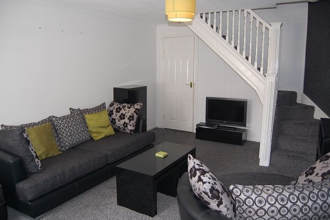 Thumbnail End terrace house to rent in Dunlin Crescent, Cove, Aberdeen