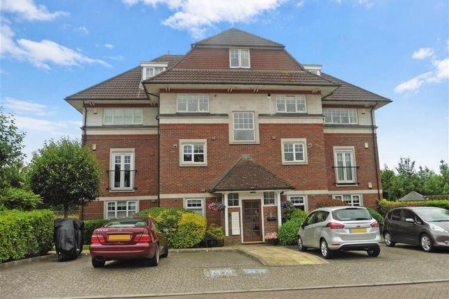 Thumbnail Flat for sale in Admiral Way, Kings Hill, West Malling, Kent
