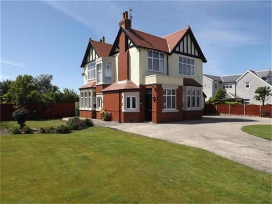 Thumbnail Property for sale in Fleetwood Road, Fleetwood
